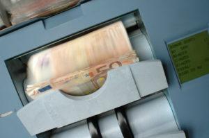 Wkład wspólnika do spółki jawnej może mieć charakter wkładu pieniężnego.