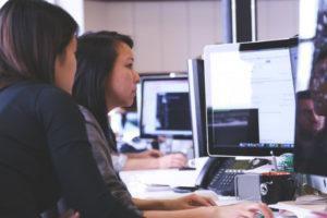 W przypadku spółki jawnej problematyczne jest zaliczenie świadczenia pracy jako wkładu do spółki.